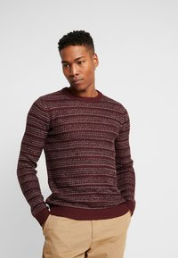 Jack & Jones - JORFLOW CREW NECK - Neule - port royale/stripe - 0