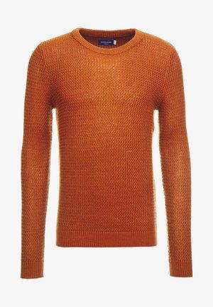 JORFLOW CREW NECK - Stickad tröja - mocha bisque