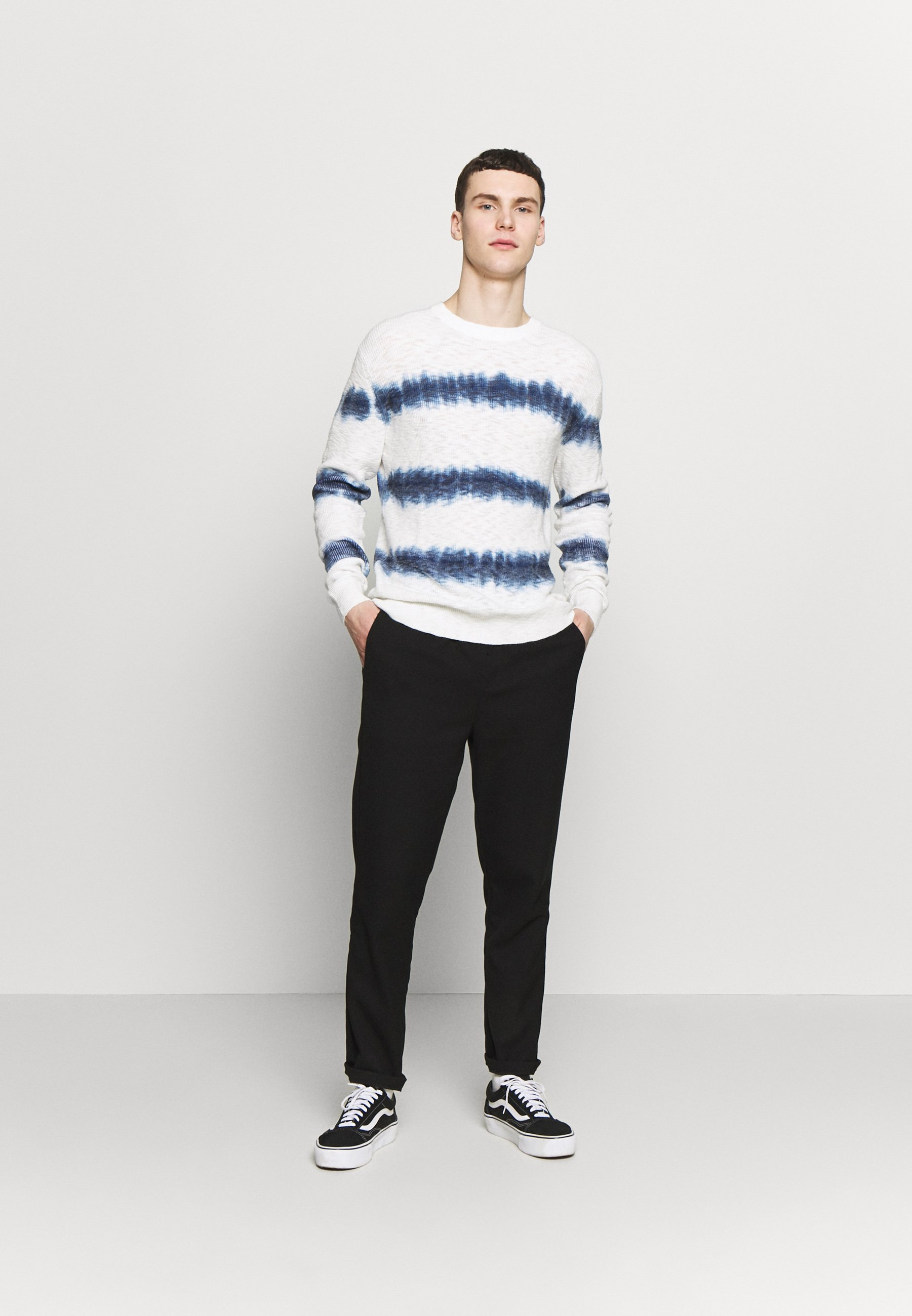 Jack & Jones JORTIED CREW NECK - Pullover - cloud dancer