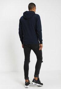 Jack & Jones - JJEHOLMEN - Zip-up hoodie - navy blazer - 2