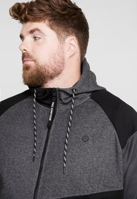 Jack & Jones - JCOTAKE  - Zip-up hoodie - black - 4