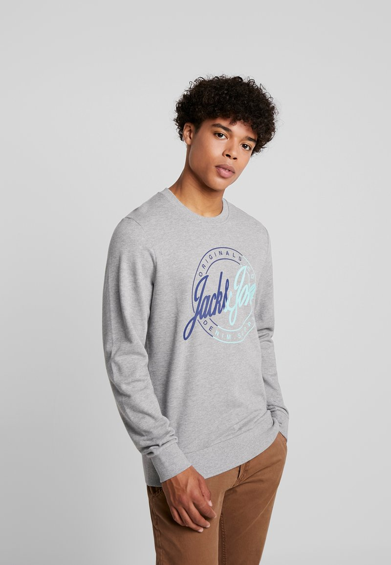 Jack & Jones - JORRIVAL CREW NECK - Sweater - light grey melange