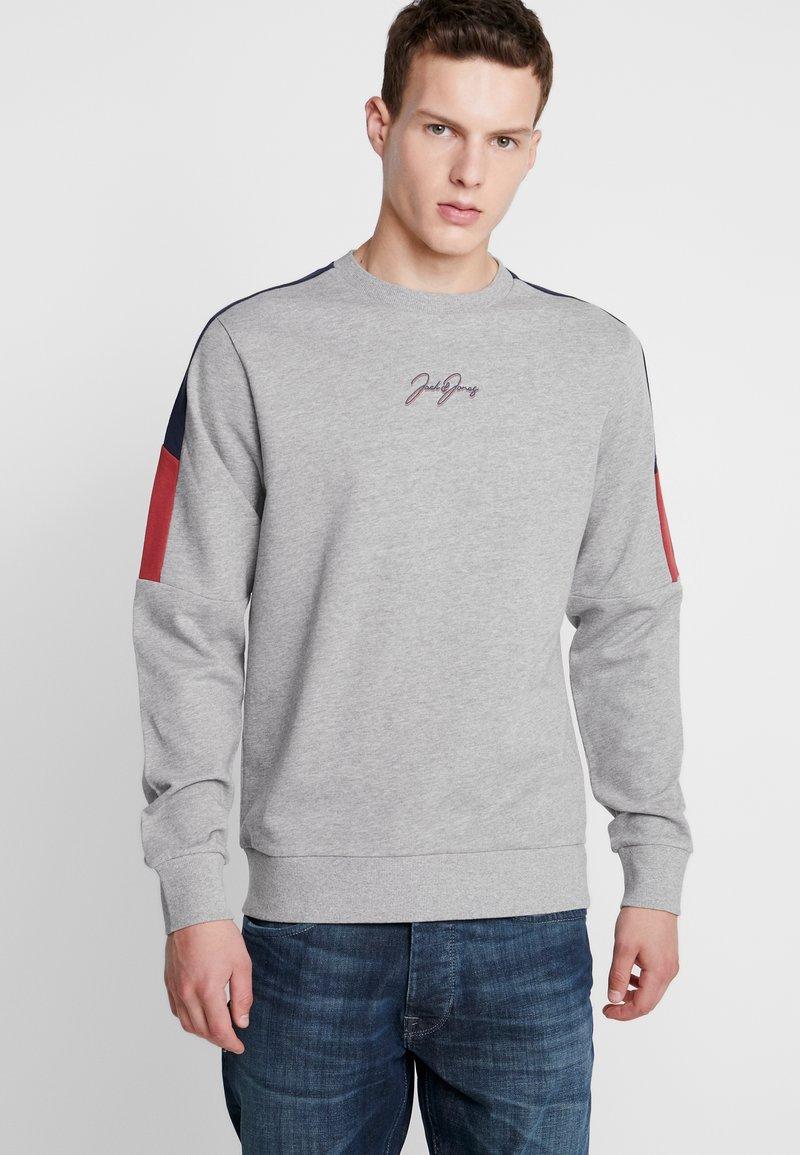 Jack & Jones - JORWISEY CREW NECK REGULAR FIT - Sweatshirts - light grey melange