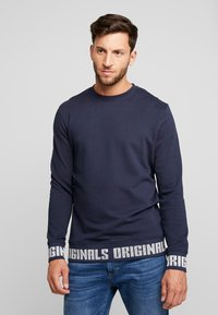 Jack & Jones - JORCOLLIN CREW NECK REGULAR FIT - Felpa aperta - navy blazer - 0