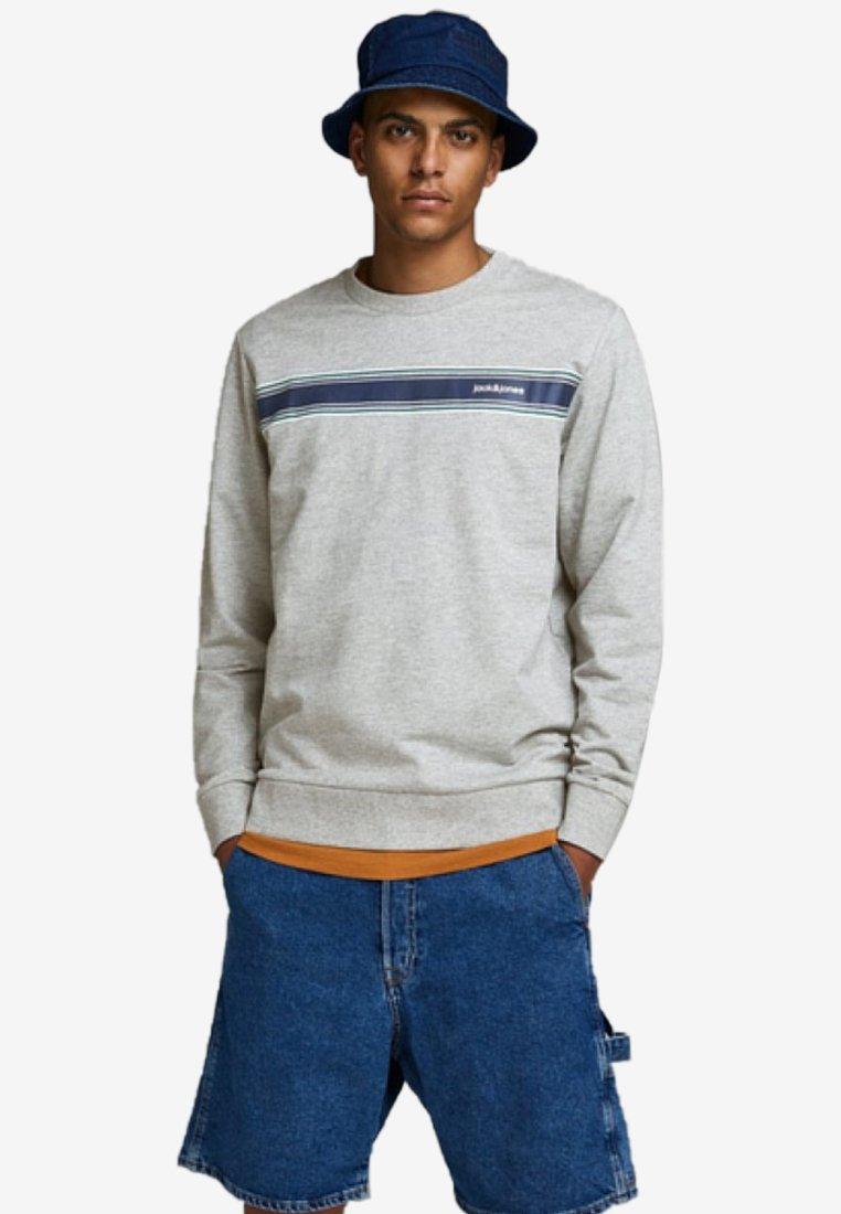 Jack & Jones - Sweatshirt - light grey