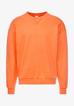 JORFILEY CREW NECK NEW BOX FIT - Sweatshirt - nasturtium