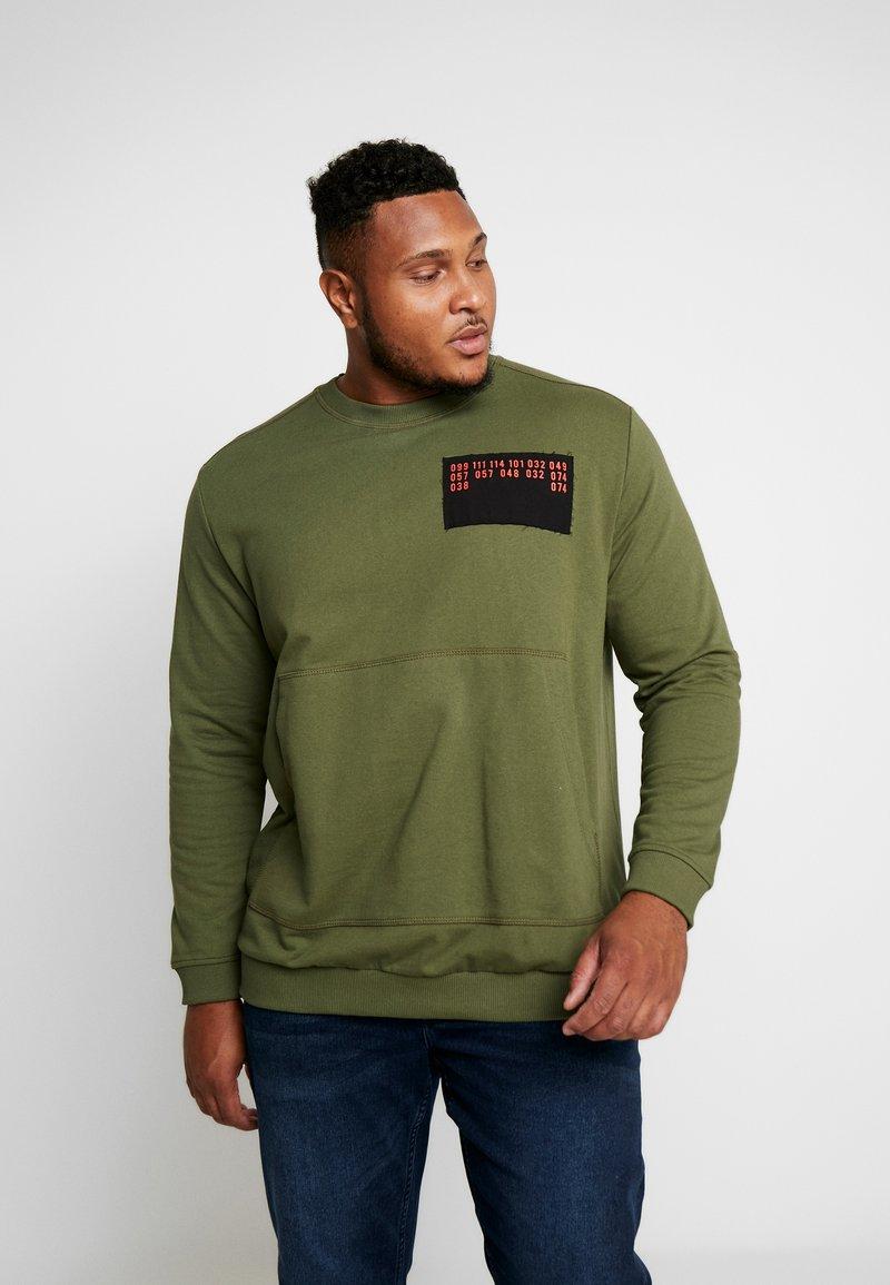 Jack & Jones - JCOUNDERS CREW NECK - Sweatshirt - winter moss