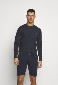 Jack & Jones - JORBASIC CREW NECK 2 PACK - Sweater - light grey melange - 2