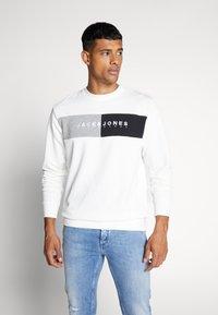 Jack & Jones - JORCALLIS - Sweatshirt - white - 0