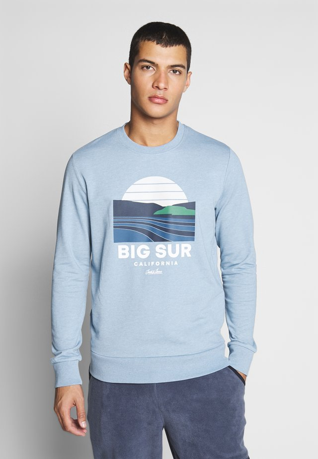 JORSOUVENIR CREW NECK - Bluza - ashley blue