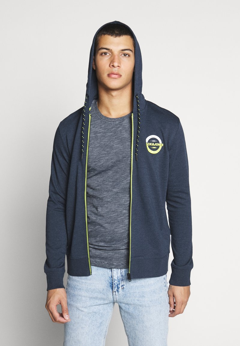Jack & Jones - JCOSTRONG ZIP HOOD - Zip-up hoodie - sky captain melange