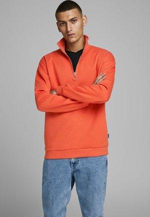 Sweatshirt - chili