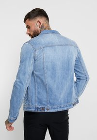 Jack & Jones - JJIALVIN JJJACKET - Džínová bunda - blue denim - 2