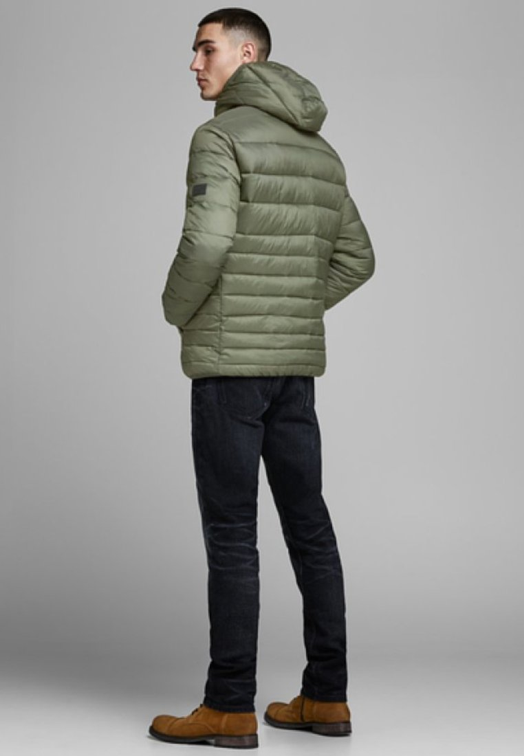 Jones Jackamp; Forest Night Mi saison Jjebomb Puffer HoodVeste tsChQrd