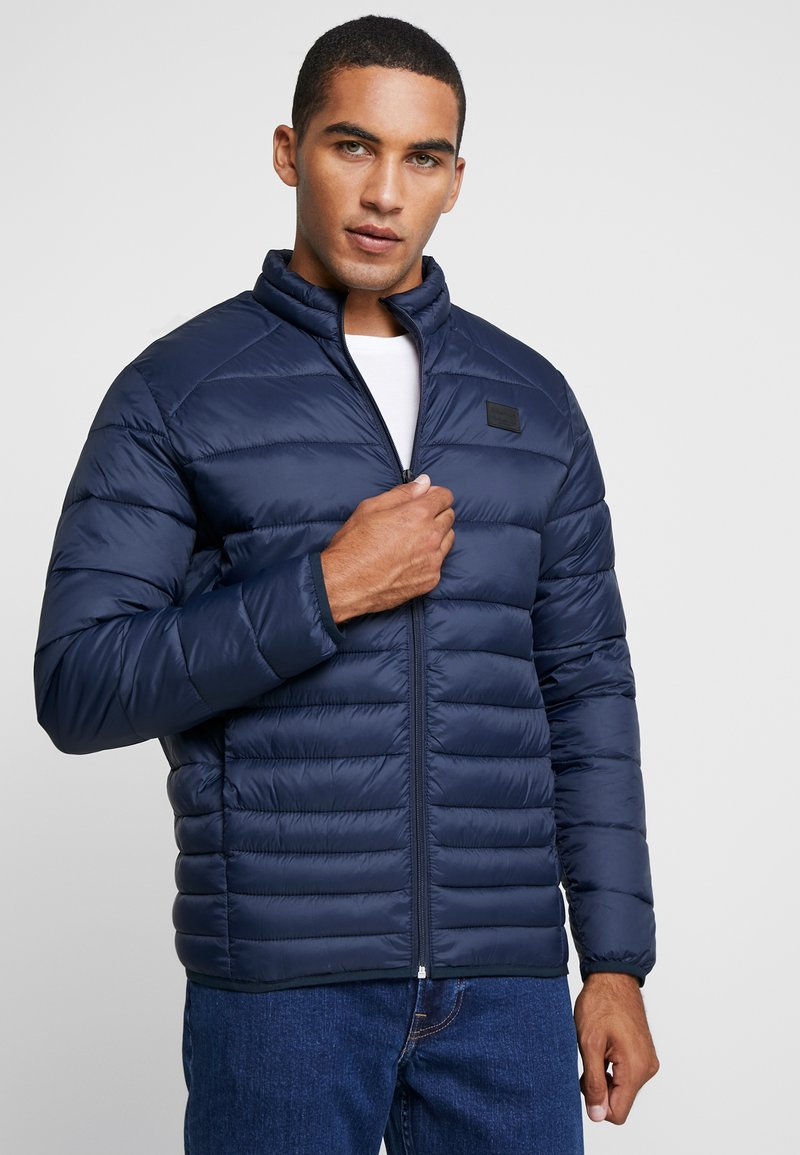 Jack & Jones - JJEBOMB PUFFER COLLAR - Light jacket - navy blazer