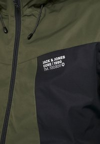 Jack & Jones - JCOBEST JACKET  - Chaqueta de invierno - forest night - 3