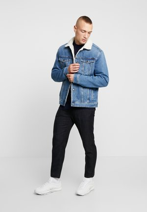JJIJEAN JJJACKET - Kurtka jeansowa - blue denim