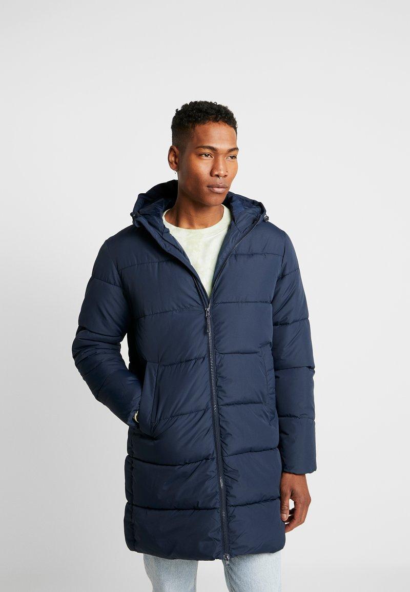 Jack & Jones - JORKNIGHT LONG PUFFER JACKET - Winter coat - navy blazer