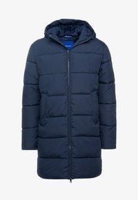 Jack & Jones - JORKNIGHT LONG PUFFER JACKET - Winter coat - navy blazer - 4