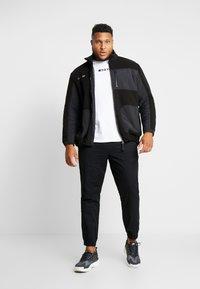 Jack & Jones - JCODRUM JACKET - Fleece jacket - black - 1