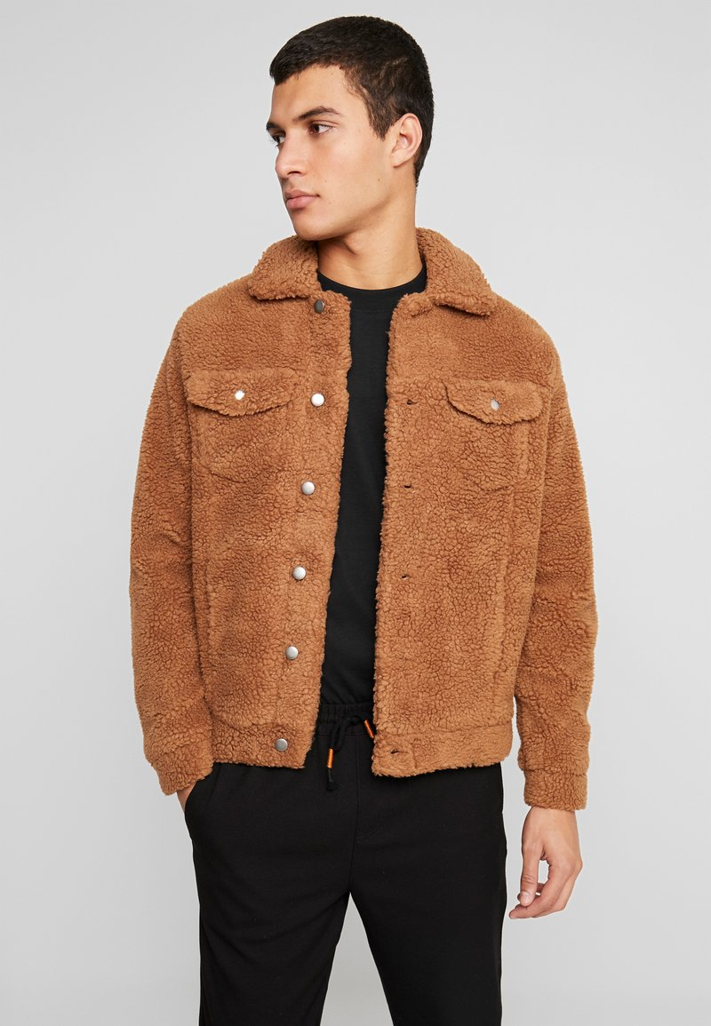Jack & Jones - JORTEDDY TRUCKER  - Winter jacket - tigers eye