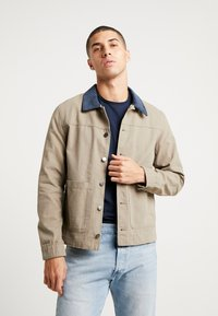 Jack & Jones - JORGALO COACH JACKET - Lett jakke - brindle - 0