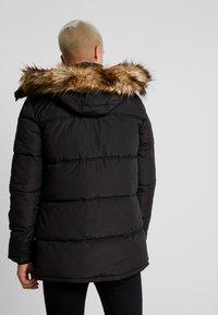 Jack & Jones - JCOMARIO PUFFER - Zimní kabát - black - 2