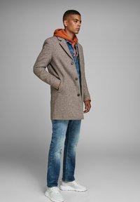 Jack & Jones - Short coat - light brown - 3