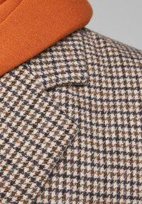 Jack & Jones - Short coat - light brown - 5