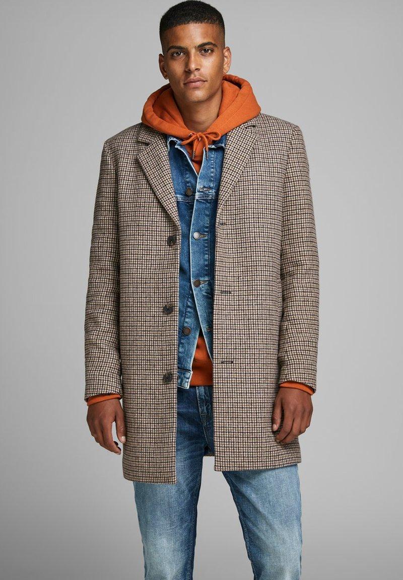 Jack & Jones - Short coat - light brown