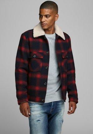 Light jacket - brick red