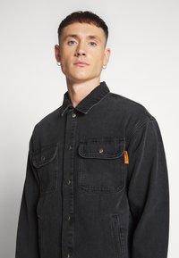 Jack & Jones - ICHASE JACKET - Denim jacket - black denim - 6