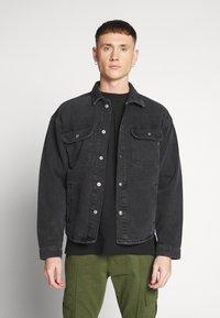 Jack & Jones - ICHASE JACKET - Denim jacket - black denim - 0