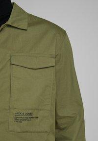 Jack & Jones - Light jacket - winter moss - 5