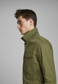 Jack & Jones - Light jacket - winter moss - 3