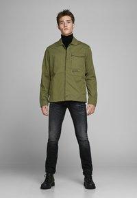 Jack & Jones - Light jacket - winter moss - 1