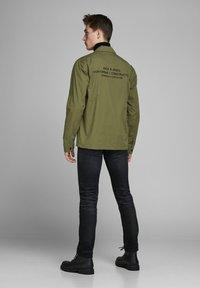Jack & Jones - Light jacket - winter moss - 2