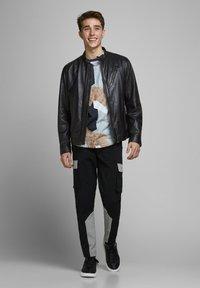 Jack & Jones - LEDERJACKE MINIMALISTISCHE - Leather jacket - black - 1