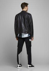 Jack & Jones - LEDERJACKE MINIMALISTISCHE - Leather jacket - black - 2