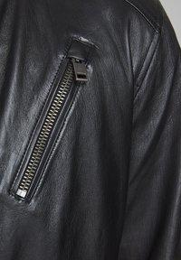 Jack & Jones - LEDERJACKE MINIMALISTISCHE - Leather jacket - black - 4
