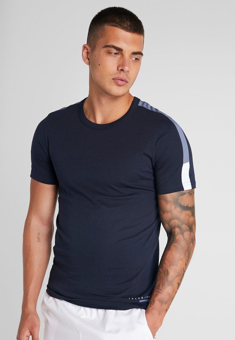 Jack & Jones - JCOJORDY TEE CREW NECK SLIM FIT - Print T-shirt - sky captain