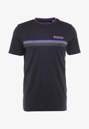 JCOARTIC TEE CREW NECK - T-shirt imprimé - black