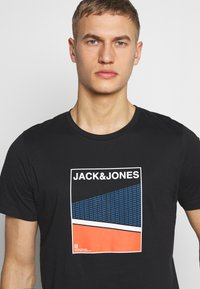 Jack & Jones - Print T-shirt - black - 4