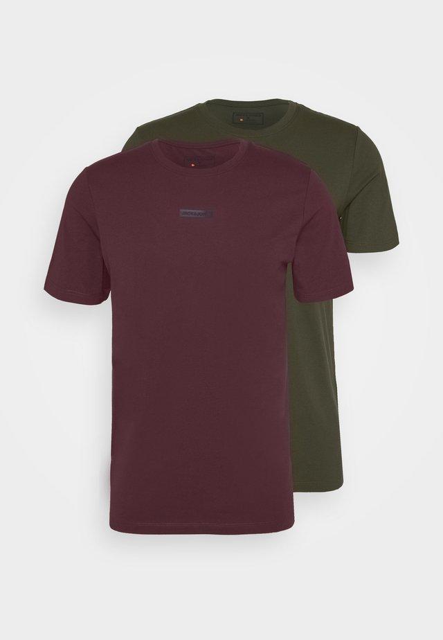 JCOZSS TEE SLIM FIT 2 PACK - Basic T-shirt - forest night/port royal