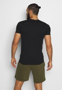 Jack & Jones - JCOZSS TEE - Basic T-shirt - black - 2