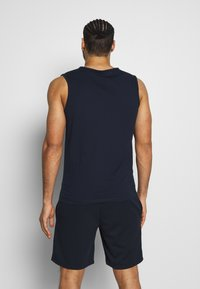 Jack & Jones Performance - JCOZSLEEVELESS - Top - sky captain - 2