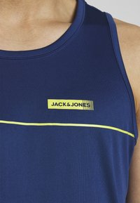 Jack & Jones Performance - JCOZPERFORMANCE TANK - Top - navy peony - 4