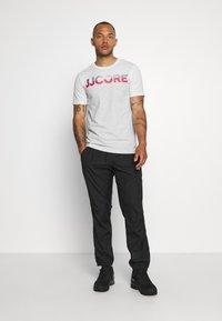 Jack & Jones - JCOSTALLY  - Print T-shirt - white - 1
