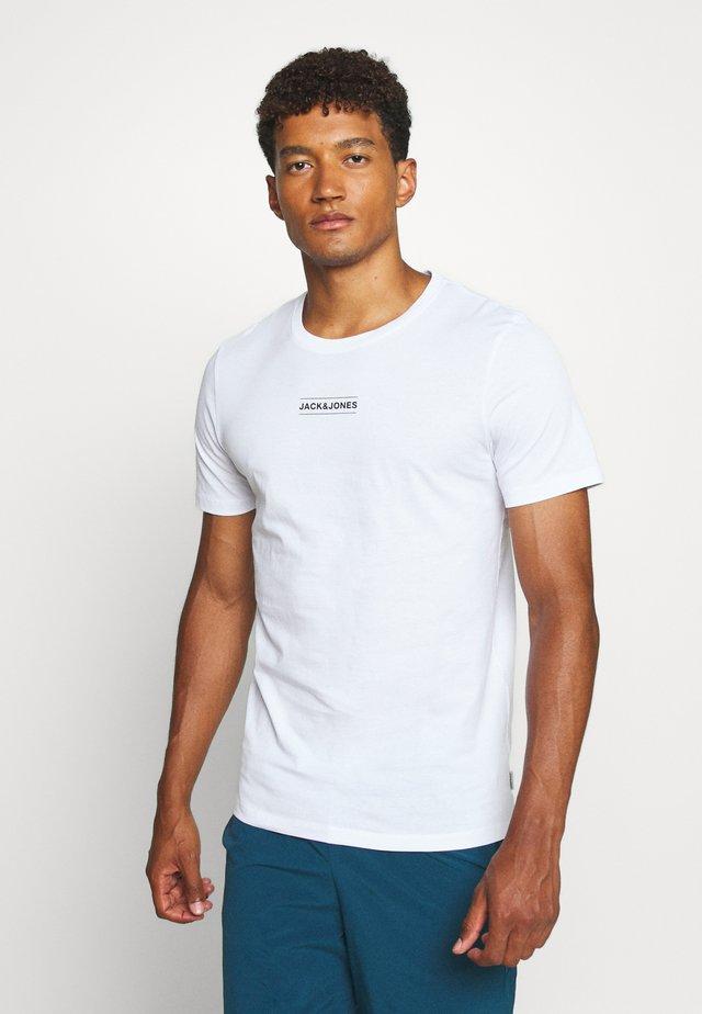 JCOTULIP TEE - Print T-shirt - white