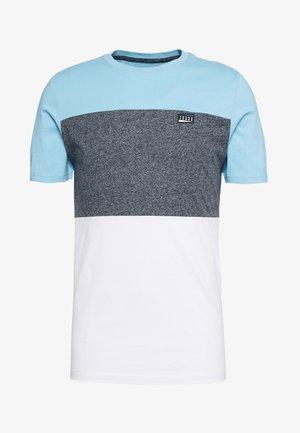 JCOCHASE TEE CREW NECK - Camiseta estampada - dusk blue